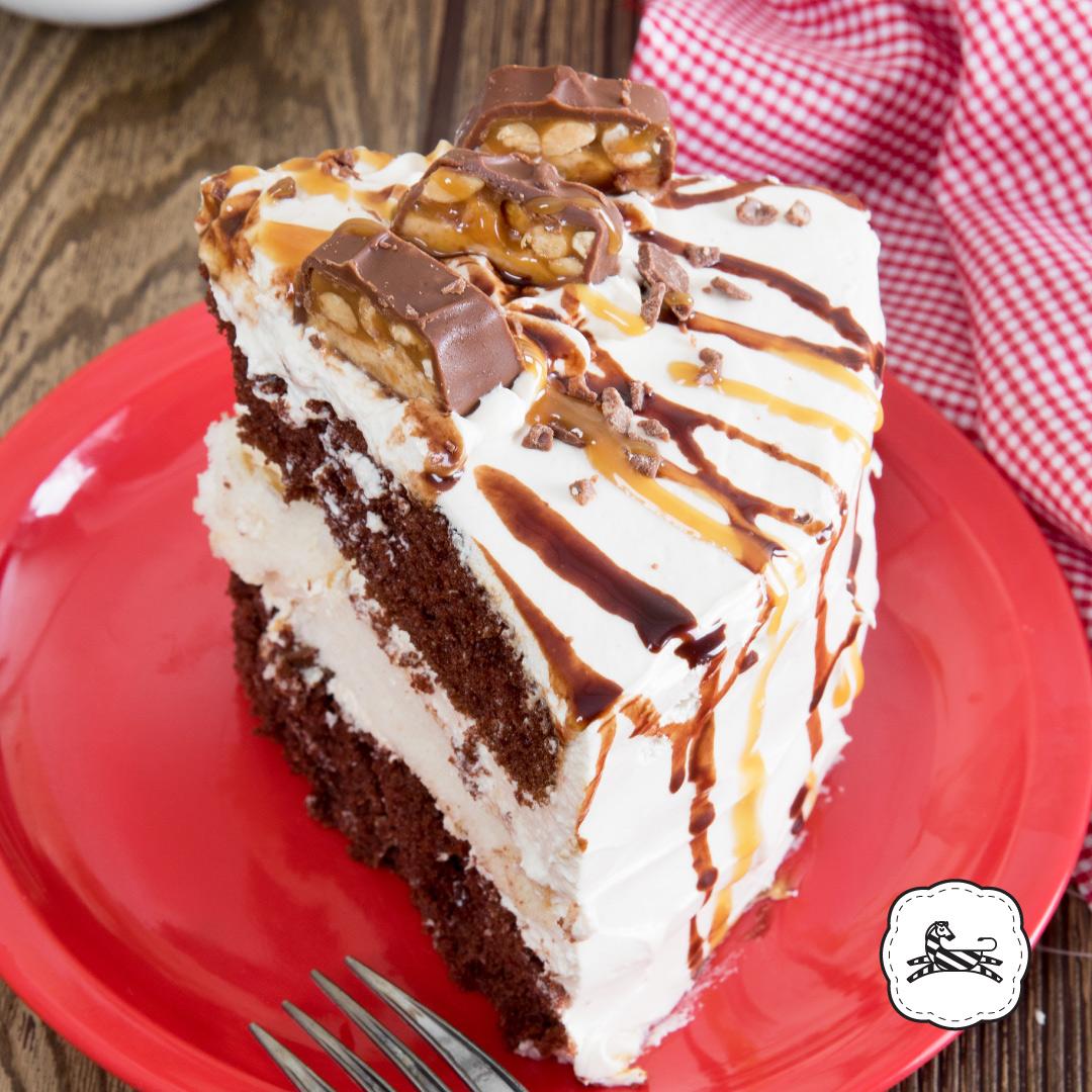 Suqiée Repostería - Pasteles - Cakes - Pastel de Snickers