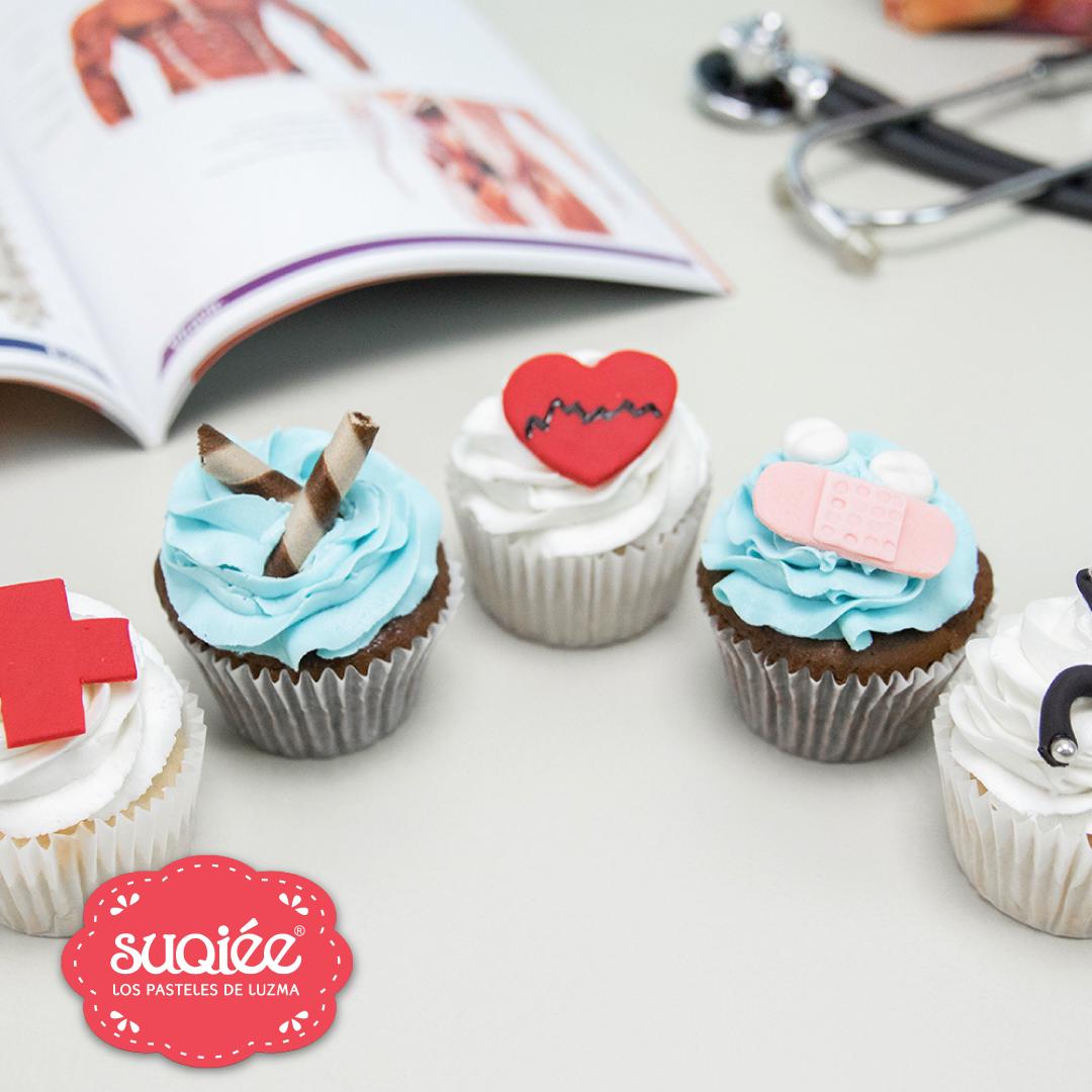 Suqiée - Los Pasteles de Luzma - Octubre - Bollitos Decorados Día del Médico